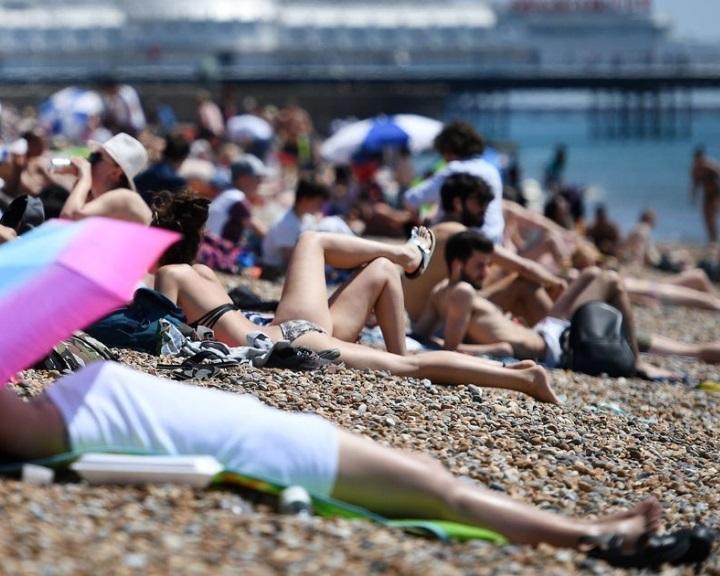 Hat évtizede nem tapasztalt szárazság és hőhullám sújtja Nagy-Britanniát
