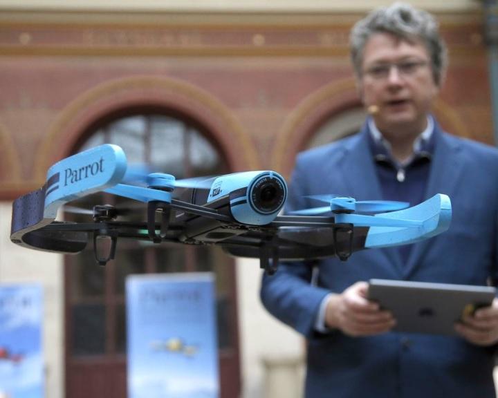 Életet menthetnek a gesztusokat felismerő drónok