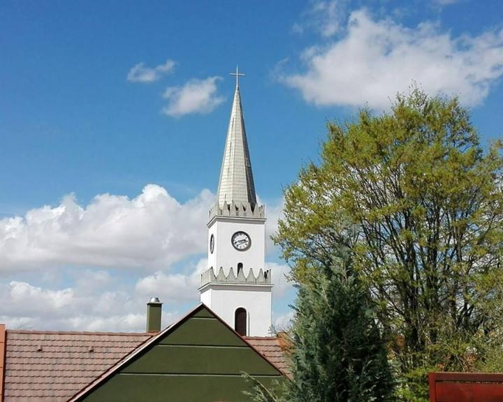 Útfelújítás a Templom téren