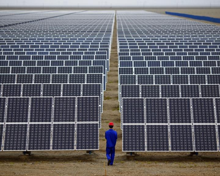 Az EU a továbbiakban nem tiltja a kínai napelemek uniós behozatalát