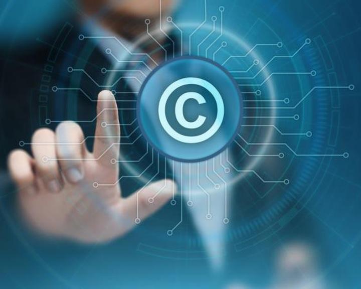 Az Európai Parlament megszavazta a vitatott szerzői jogi szabályozási tervezetet