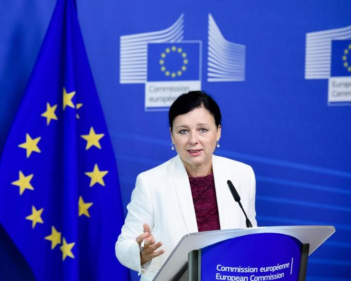 Az EU szankciókat helyezett kilátásba a Facebook ellen