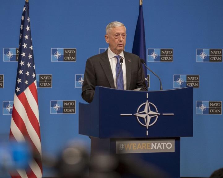 James Mattis: tarthatatlan az INF-szerződés Oroszország általi megsértése