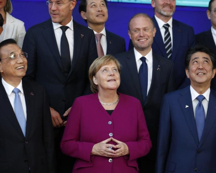 Eurázsiai szövetség Trump ellen?