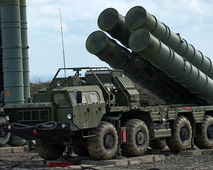 Újdelhi rubelben és rúpiában fizet az orosz Sz-400-as légvédelmi rendszerekért