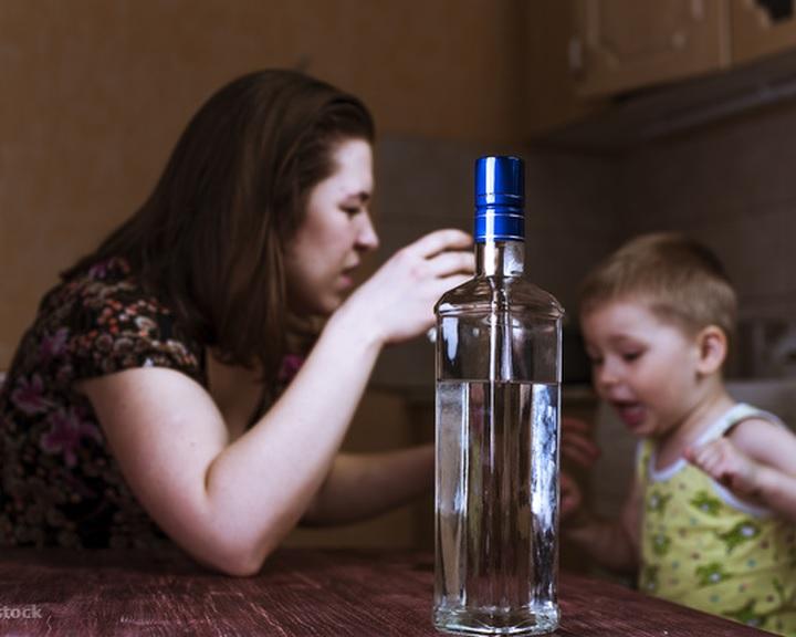 A túlzott alkoholfogyasztás ellen indít kampányt a Kék Pont alapítvány