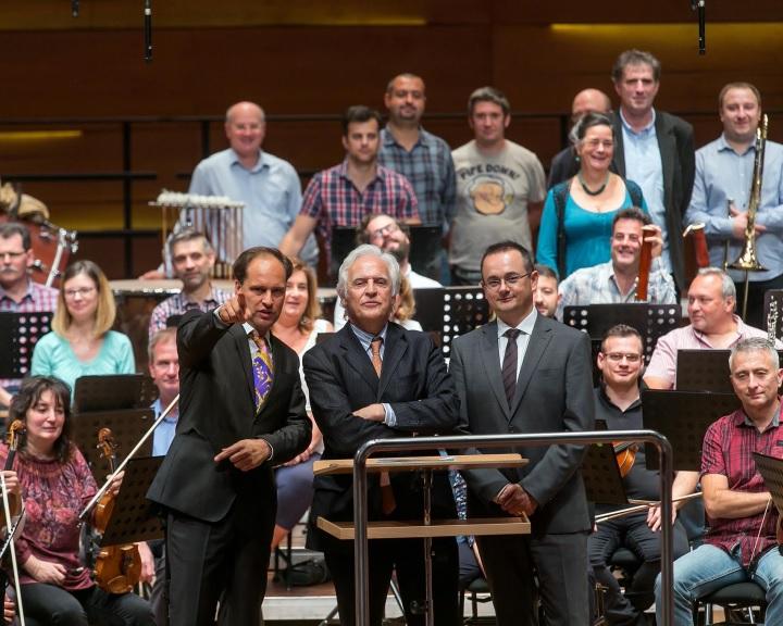Gilbert Varga és Bogányi Tibor a Pannon Filharmonikusok vezető karmesterei