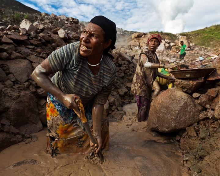 Óriási esőerdő-pusztítással jár a kisüzemi aranybányászat Peruban