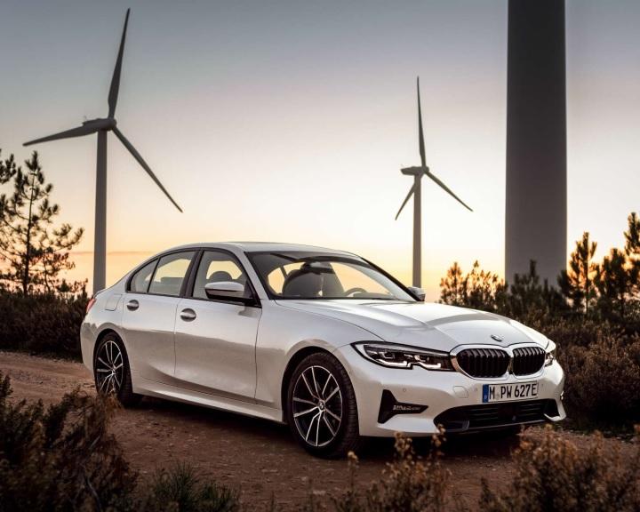 Környezetvédelmi tévút lehet a plug-in hibrid autók állami támogatása