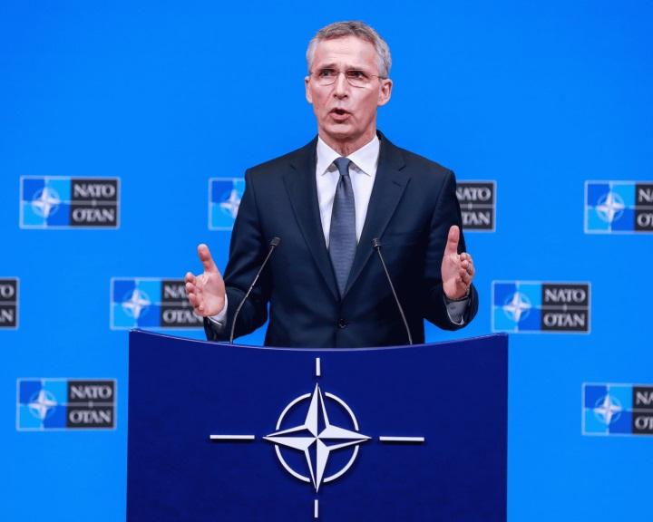 Stoltenberg: Oroszország megsérti az INF szerződés rendelkezéseit