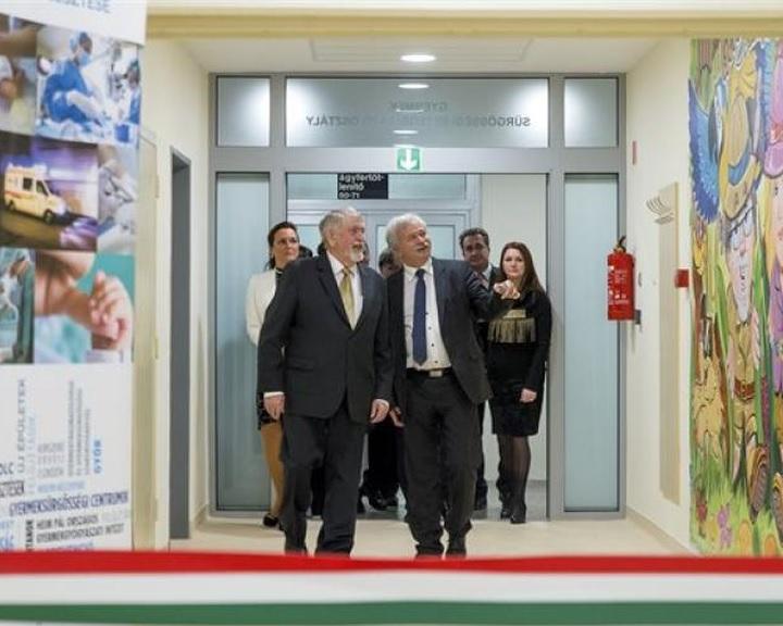 Kásler: Európa számára példa lehet a kiépülő új magyar gyermekgyógyászati ellátórendszer