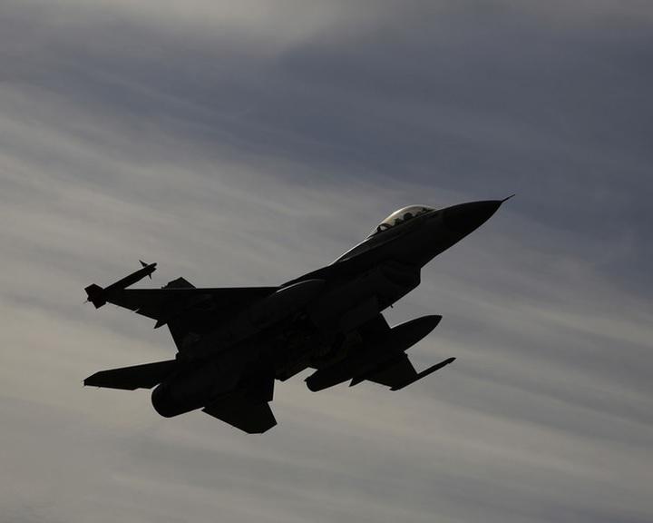 Izraeli média: a hadsereg kiterjedt légitámadást hajtott végre Szíriában