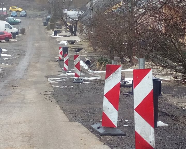 Felújítás a komlói Bartók Béla utcában