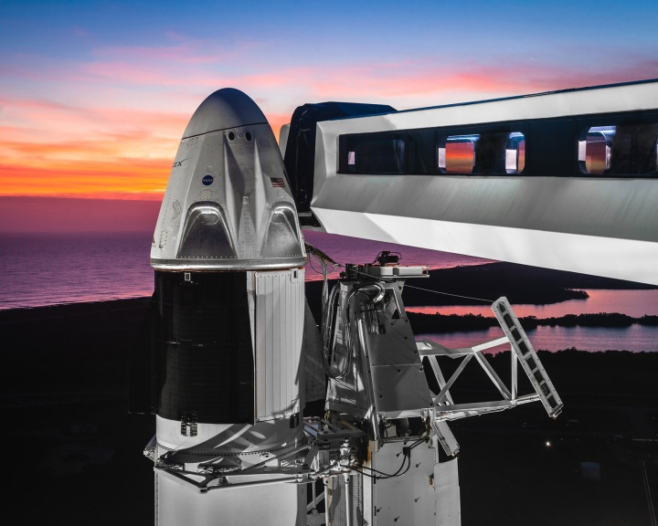 A SpaceX űrhajója sikeresen visszatért a Földre
