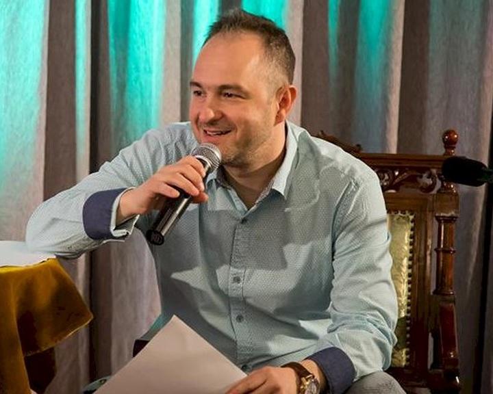 A költészet napja - Világrekord született, Lutter Imre 24 órán át szavalt