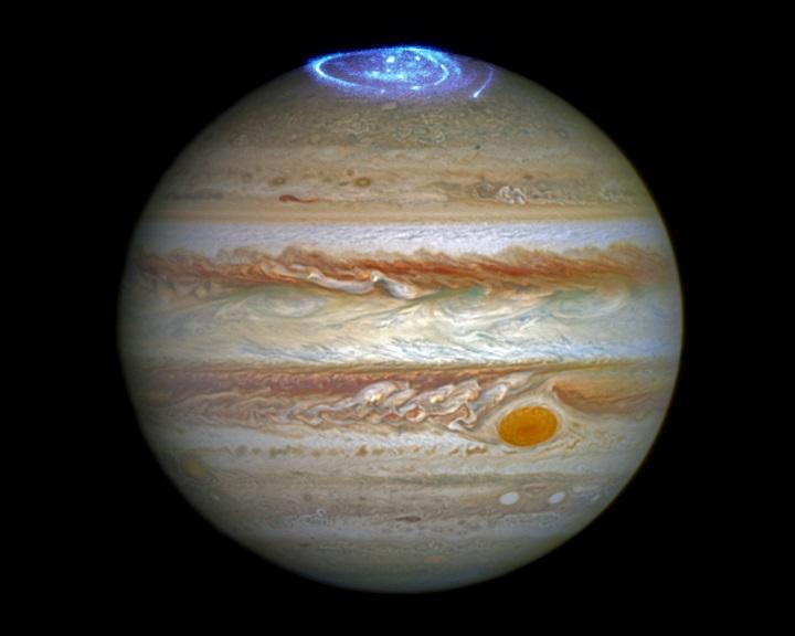 Felfűti a napszél a Jupiter légkörét
