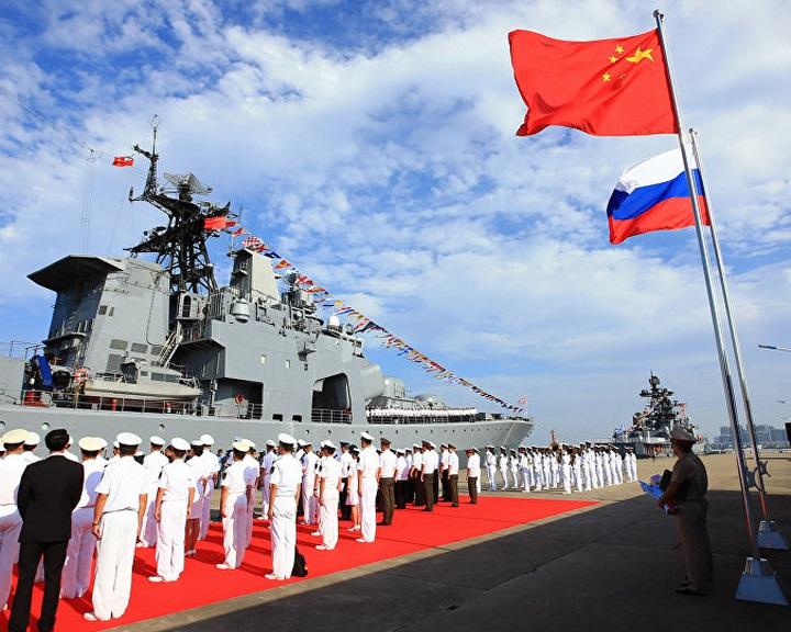 Közös hadgyakorlatot tart a jövő héten az orosz és a kínai haditengerészet