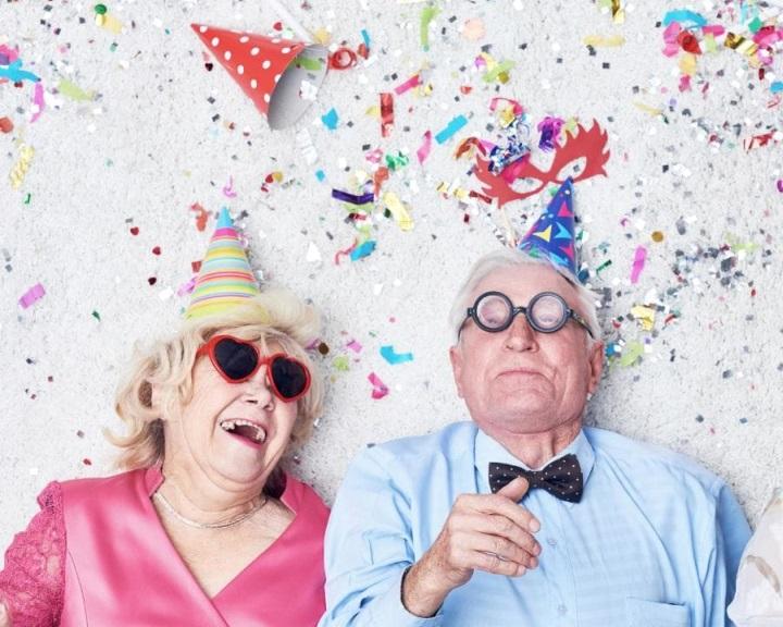 Lassul a születéskor várható átlagos élettartam növekedésének üteme Ausztráliában