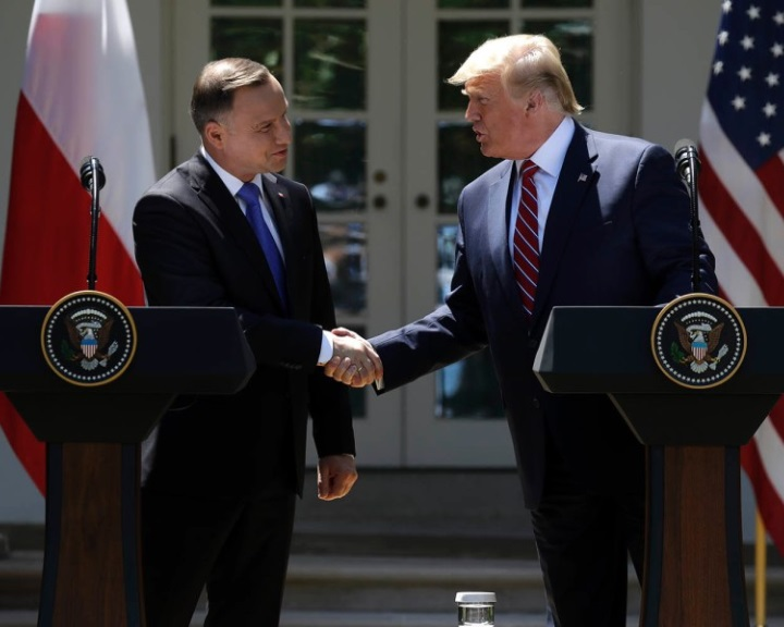 Trump további amerikai katonák Lengyelországba küldését jelentette be