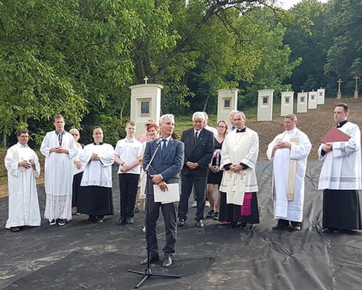 Soltész Miklós: ha őrizzük a hitet, a kereszténységet, megőrizzük a kultúrát is
