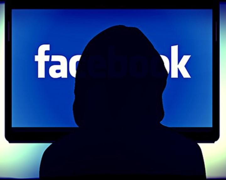Kétmillió eurós bírságot szabott ki Németország a Facebookra