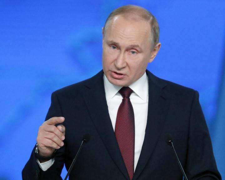 Putyin aláírta az INF-szerződés felfüggesztéséről szóló törvényt