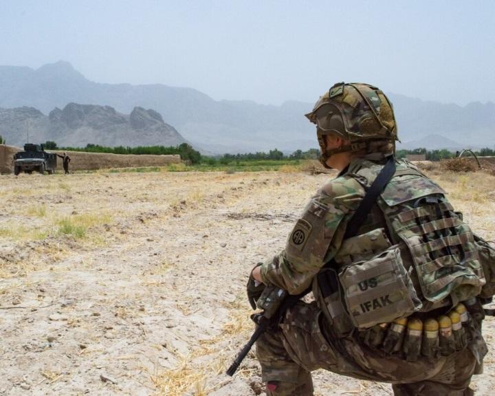 Washington és Kabul gyorsítaná az afgán békefolyamatot