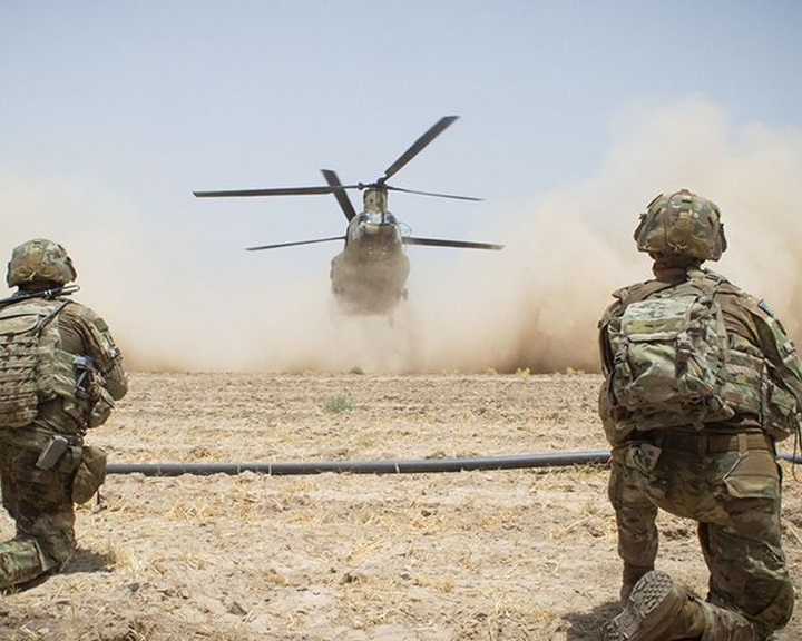 TWP: több ezernyi amerikai katonát vonhatnak ki Afganisztánból