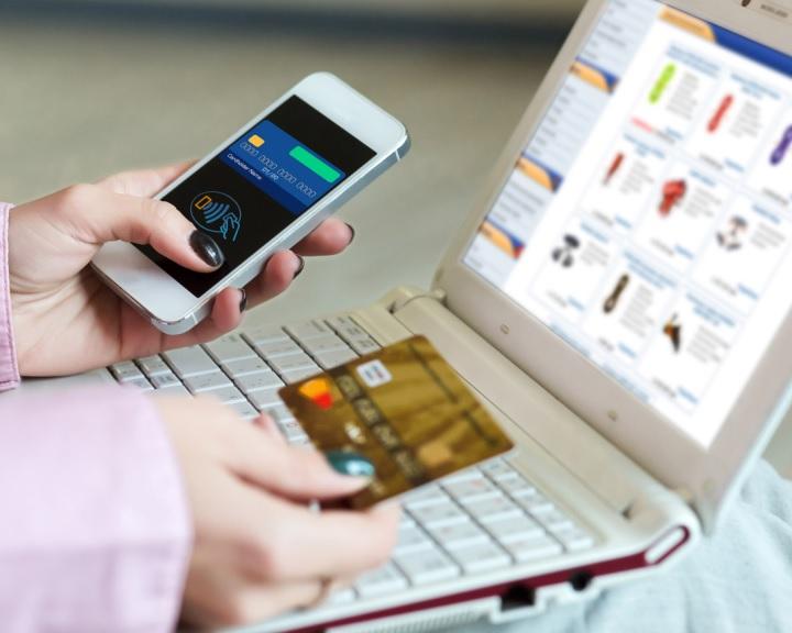 Ősztől kötelező lesz a biztonsági kód használata az internetes vásárlásoknál