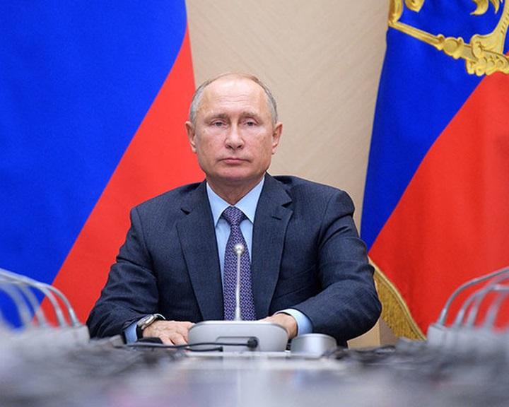 Putyin szimmetrikus válaszra adott utasítást az amerikai fegyverkísérlet után