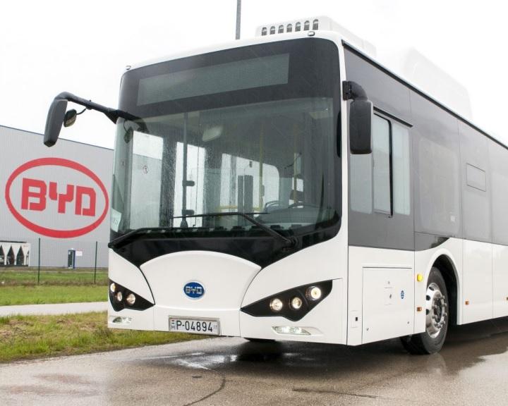 Elektromos hajtású autóbuszokból álló flottát vásárol Pécs