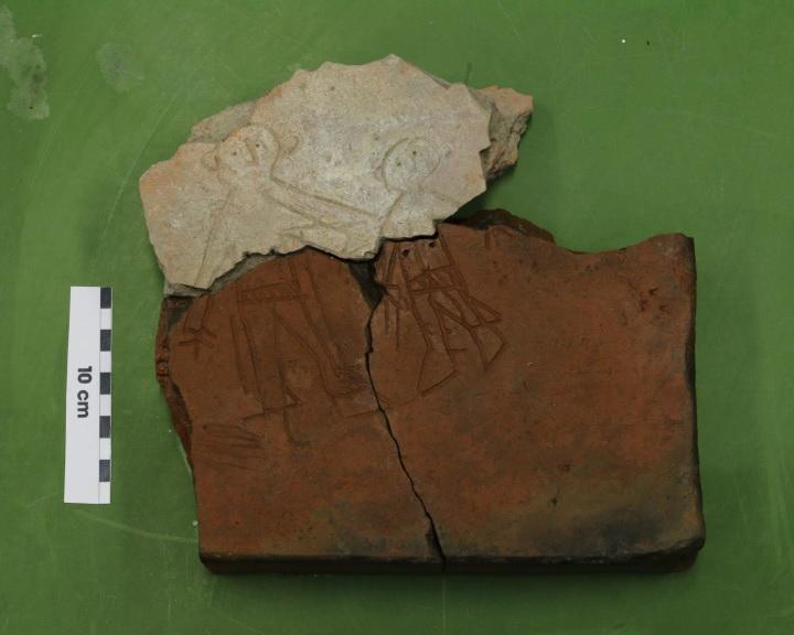 Előkerült egy 1600 éves római kori lelet két hiányzó darabja Dunaszekcsőn