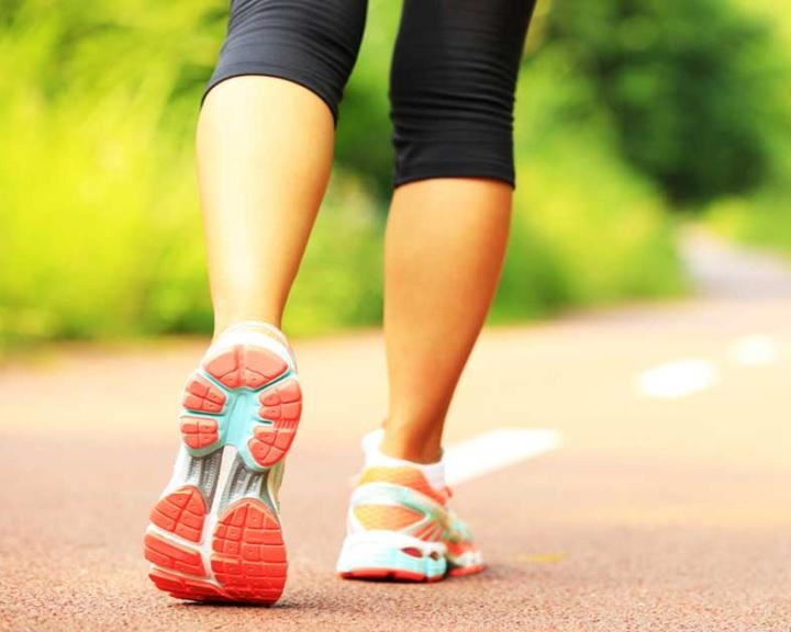 Napi negyedórával több séta fellendíthetné a világgazdaságot