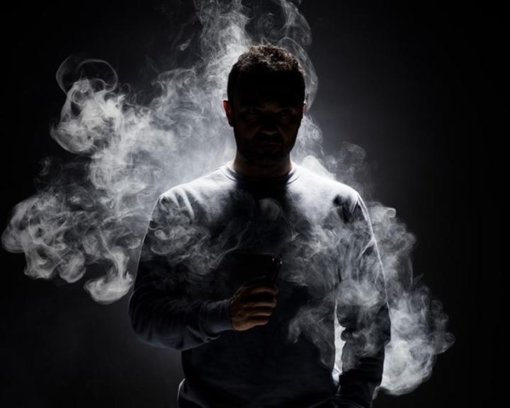 Kardiológusok feltárták az e-cigaretta ér-, agy- és tüdőkárosító hatását