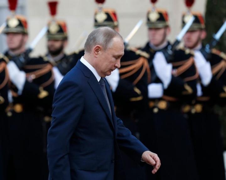 Putyin elégedett a normandiai négyek tárgyalásaival