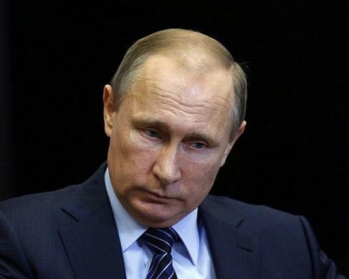 Putyin: hazugság az EP-határozat, amely egyenlőségjelet tesz a náci Németország és a Szovjetunió közé