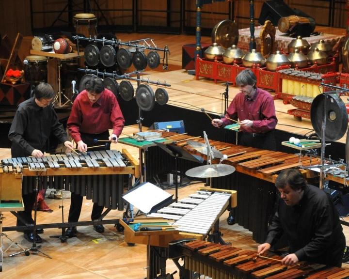 Közös koncertet ad az Amadinda Ütőegyüttes a Pannon Filharmonikusokkal Pécsen