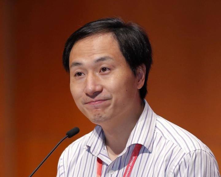 Génmanipuláció miatt elítéltek egy kínai tudóst