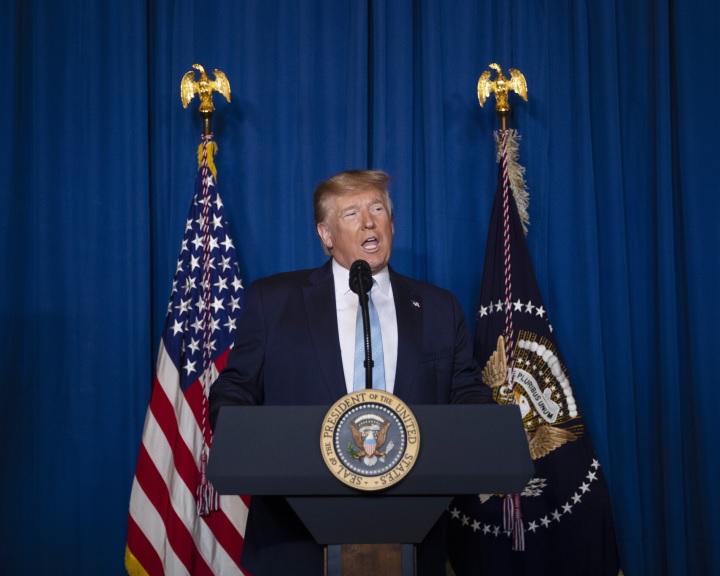 Trump csapássorozattal fenyegeti Iránt