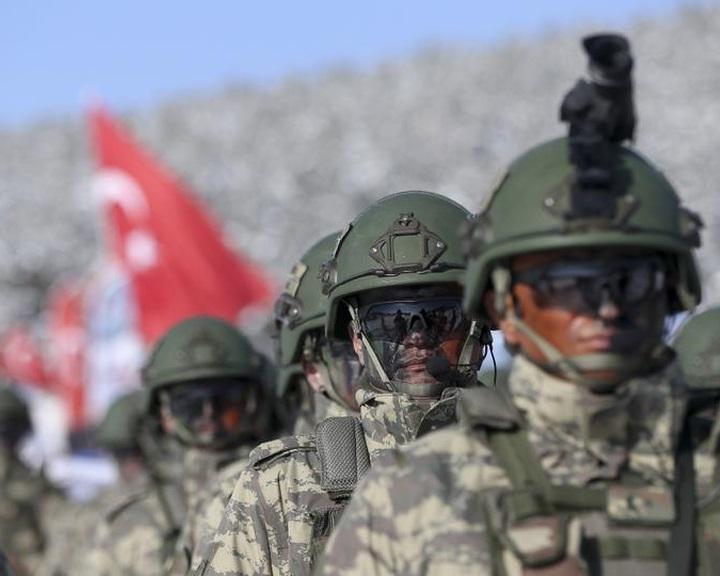 Erdogan: megkezdődött a török katonák Líbiába telepítése