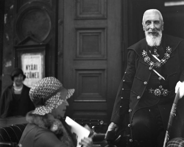 Apponyi Albert száz éve mondott trianoni védőbeszéde a Kossuth Rádióban