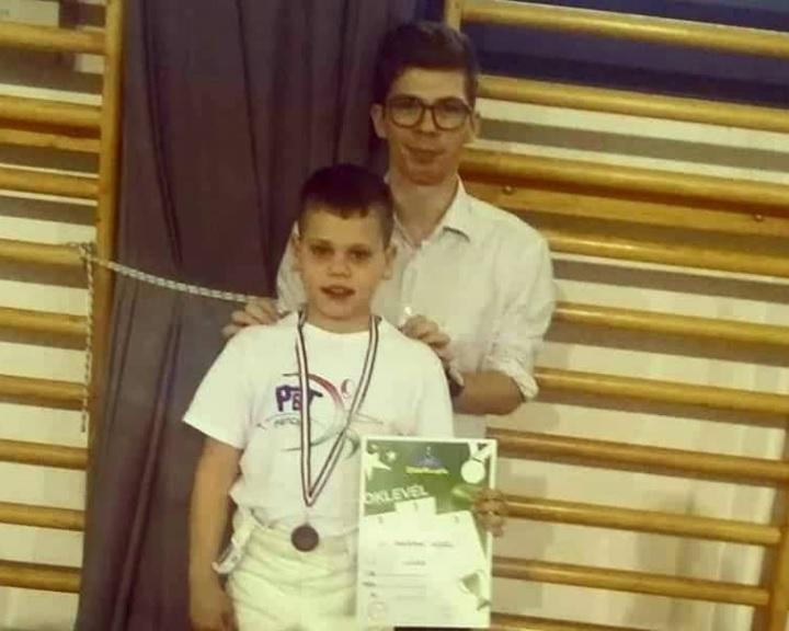 Bronzérem és két továbbjutó a regionális párbajtőr Diákolimpián