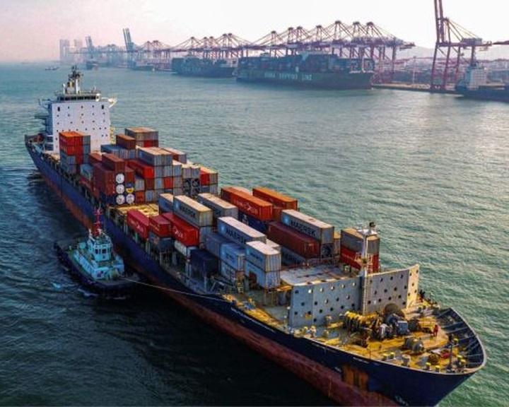 Kína felére csökkenti az egyes amerikai termékekre kirótt pótvámokat