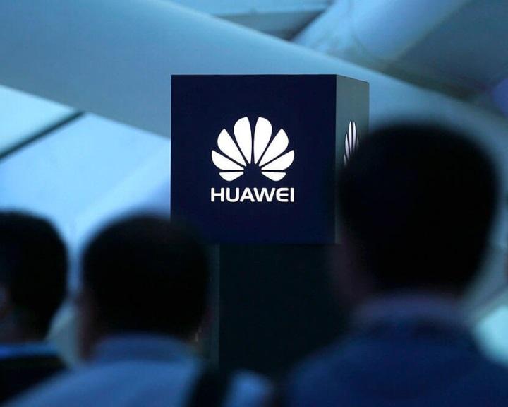 WSJ: a Huawei több mint tíz éve hozzáfér kényes adatokhoz