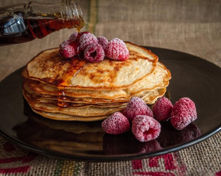 Kétszer annyi kalóriát égethet el az, aki bőségesen reggelizik