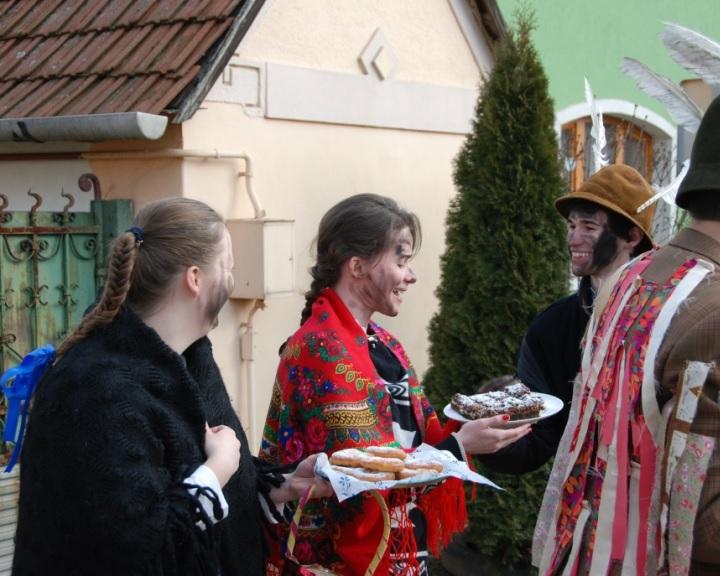 Egyedülálló télűző szokást elevenítenek fel Novajon