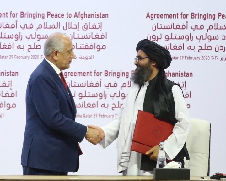 Aláírták az amerikai-tálib békemegállapodást
