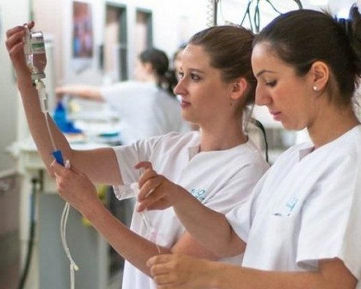 Felfüggeszti a klinikai gyakorlati képzést a Pécsi Tudományegyetem