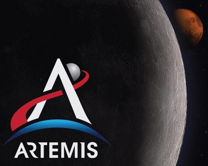 Nem állnak le az amerikai Hold- és Mars-utazások előkészületei