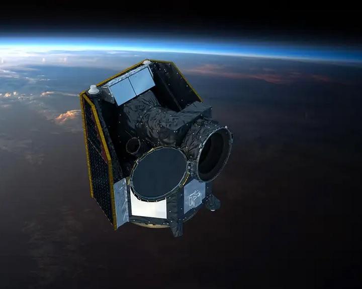 Megkezdi hároméves misszióját az Európai Űrügynökség exobolygó-kutató űrtávcsöve